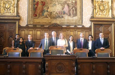 Quatre étudiants de l'UVSQ remportent le concours de droit de la concurrence